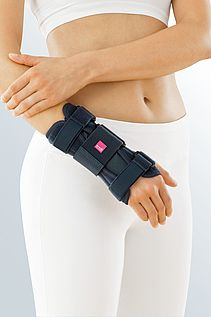 Manumed wrist orthoses stable immobile